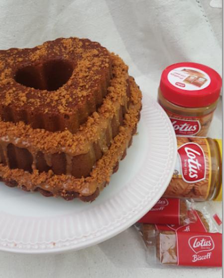 Receta de bundt Cake de capuccino con crema de Lotus