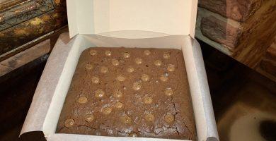 Receta con brownie con mermelada de melocotón