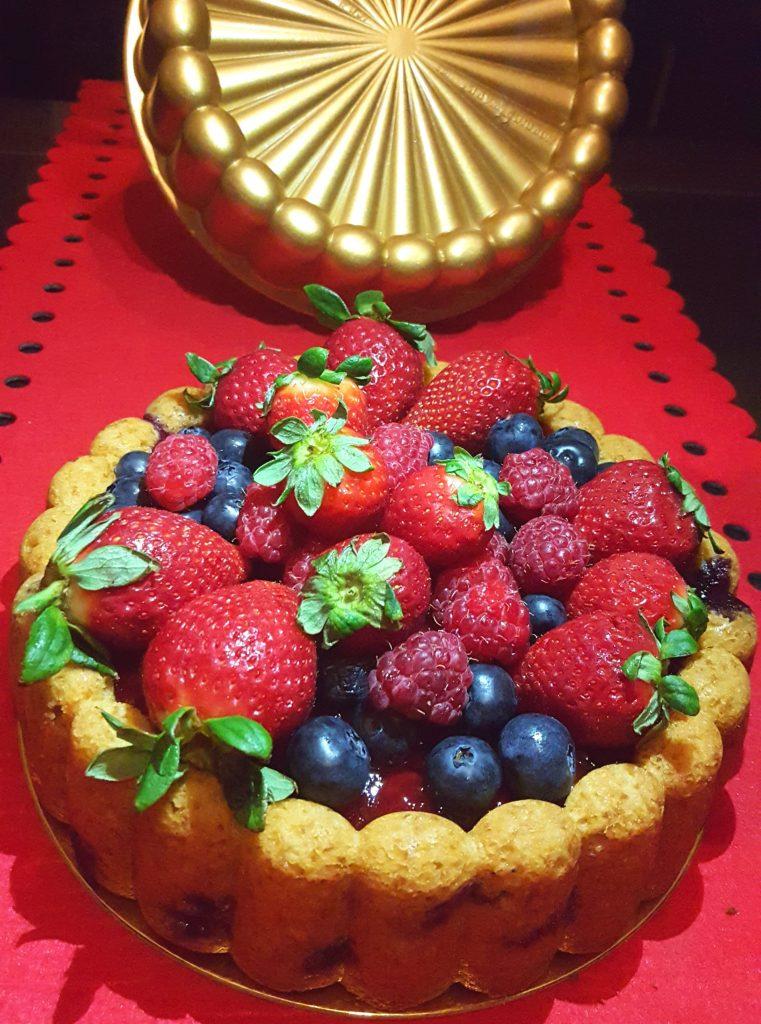 Receta de Bundt Cake de frutas del bosque