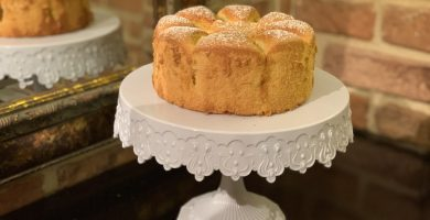 Receta de bizcocho suave de limón y manzana